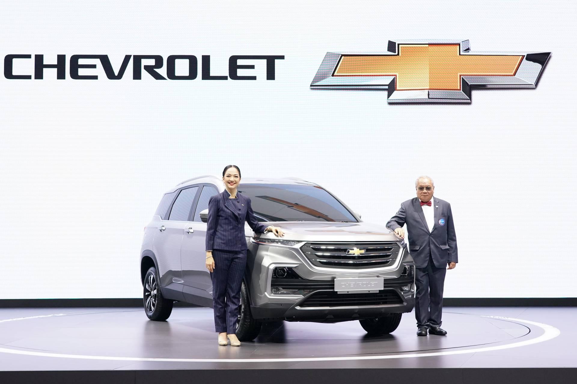 Chevrolet_Captiva_0011