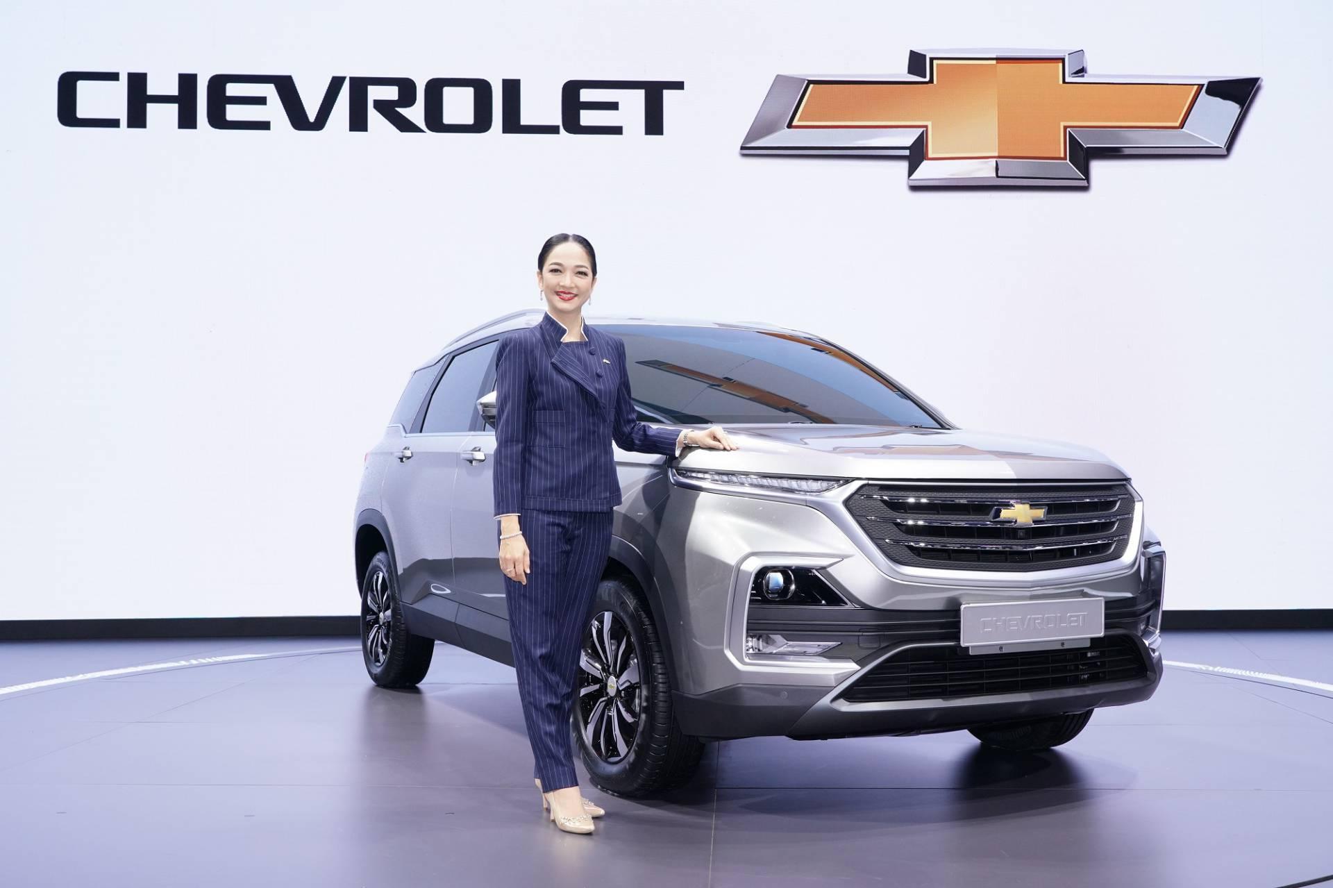 Chevrolet_Captiva_0012