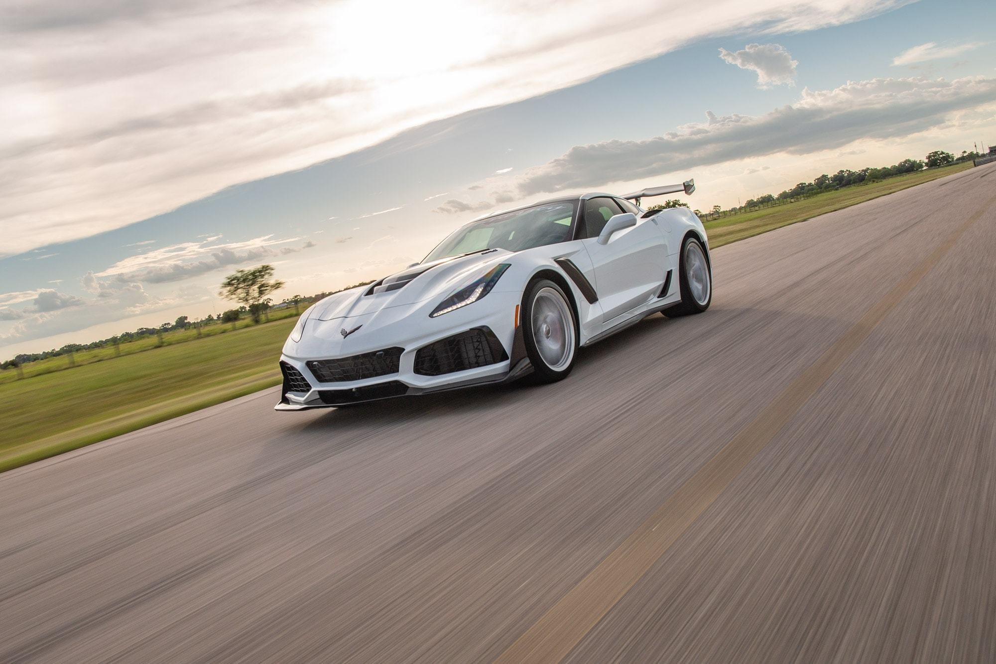 Chevrolet-Corvette-ZR1-by-Hennessey-1
