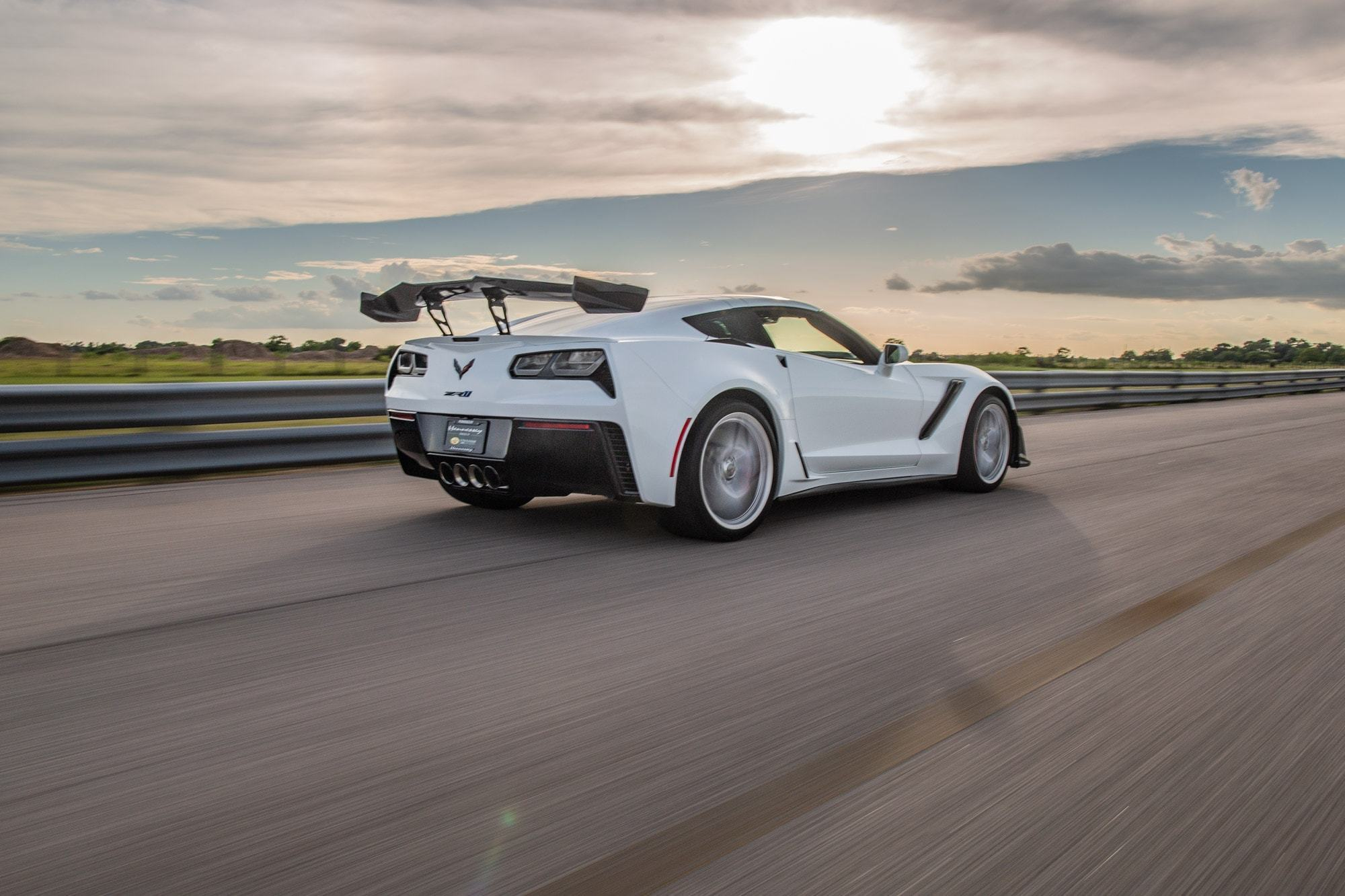 Chevrolet-Corvette-ZR1-by-Hennessey-5