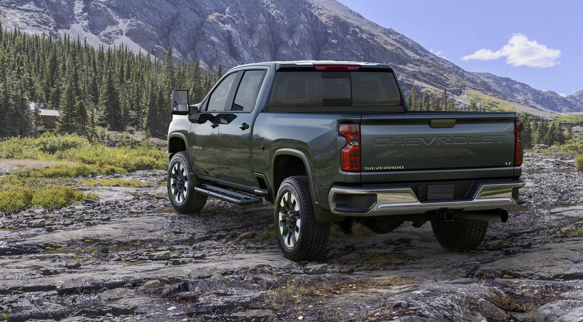 Chevrolet Silverado HD 2020  (2)