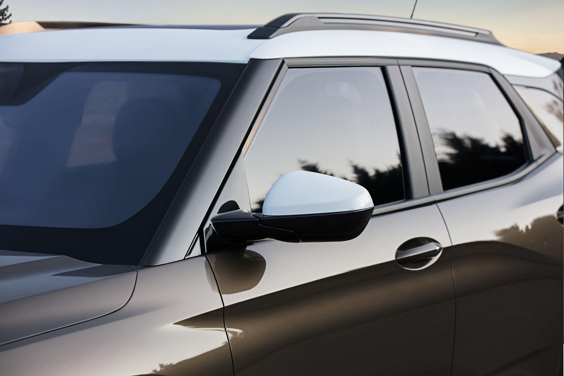 Chevrolet-Trailblazer-2021-24