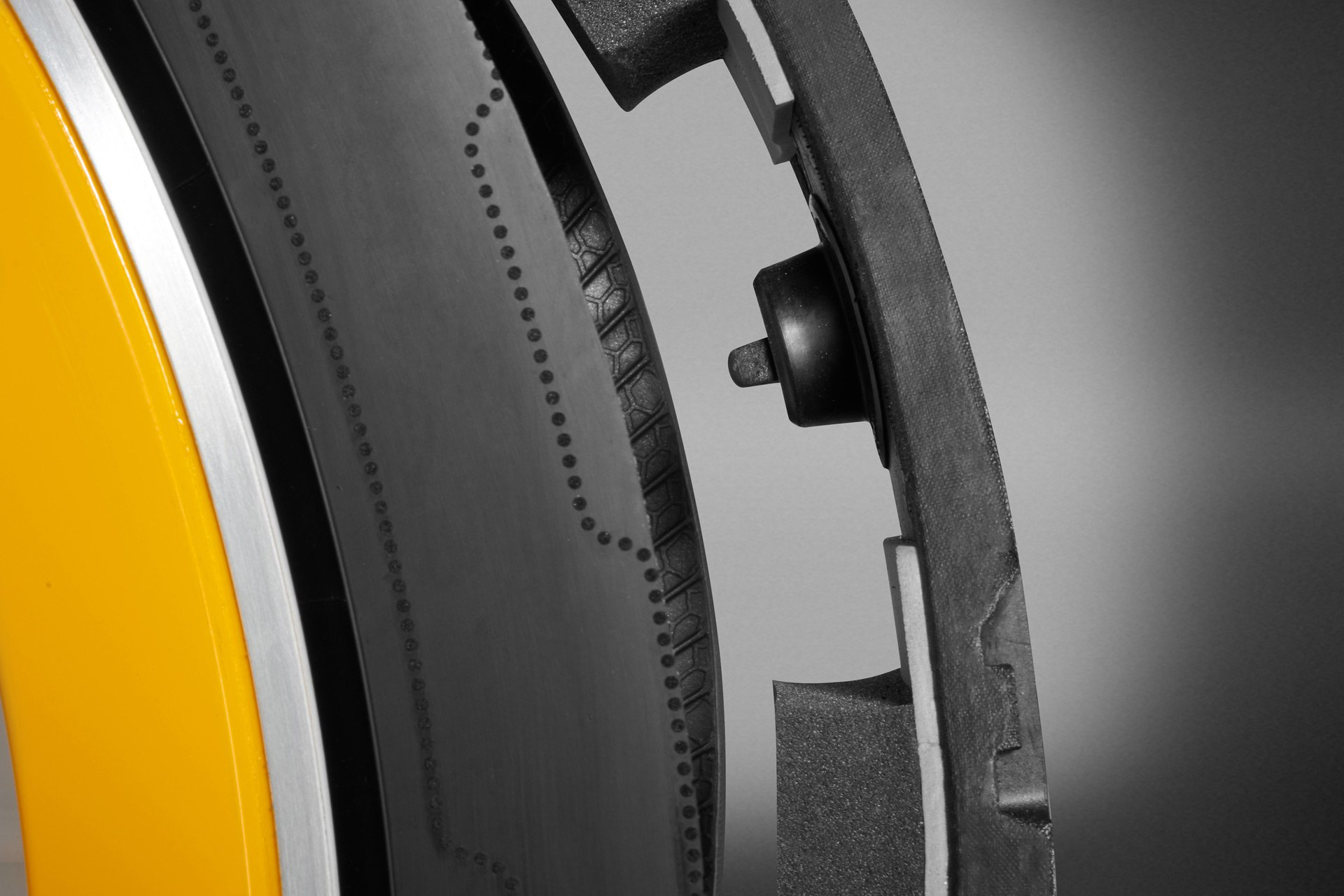 Continental-CARE-tire-technology-6