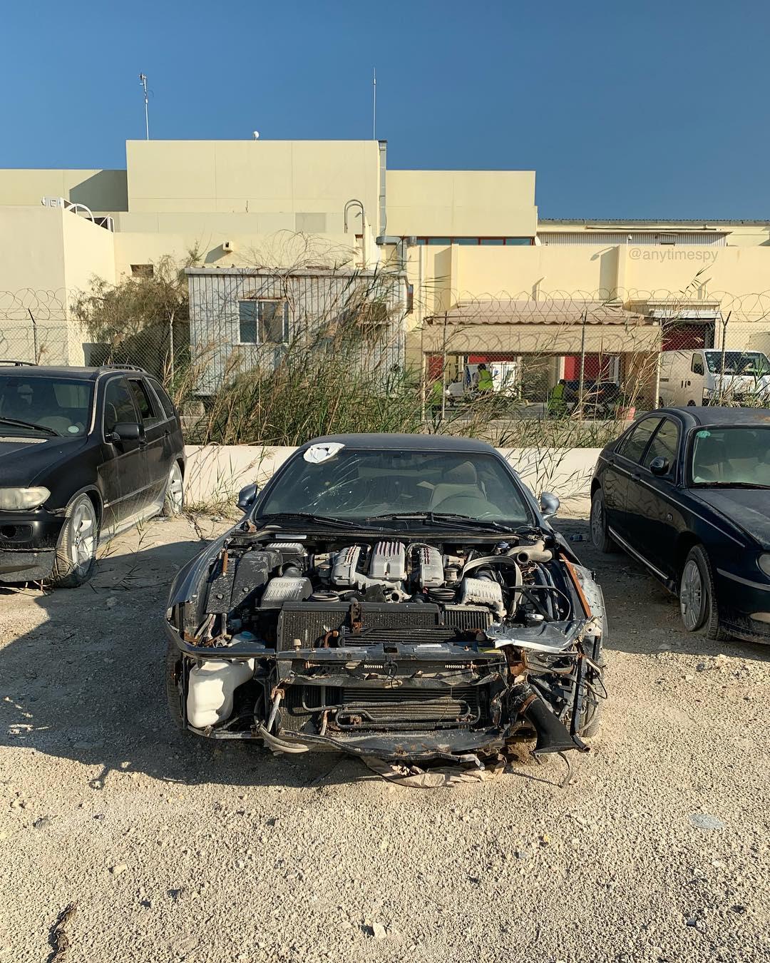 Crashed_Ferrari_575M_Maranello_0005