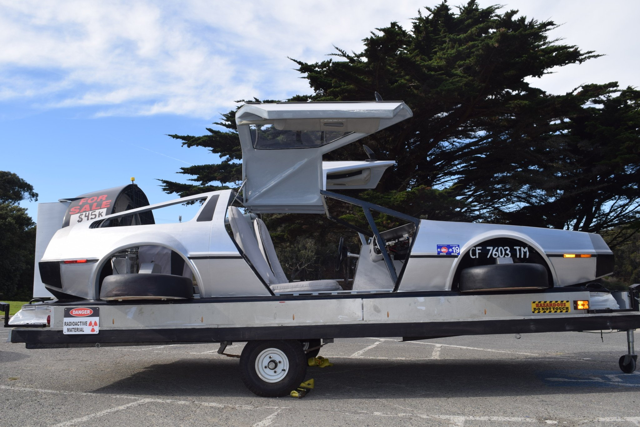 Delorean-Hovercraft-5