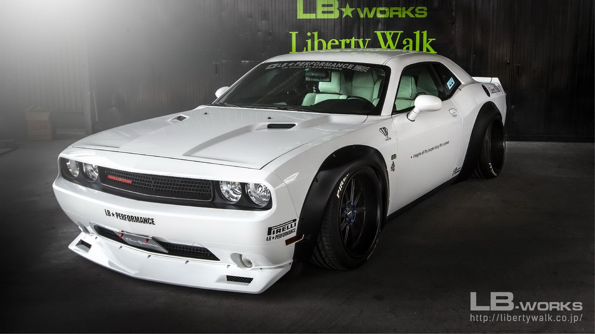 Dodge-Challenger-by-Liberty-Walk-1