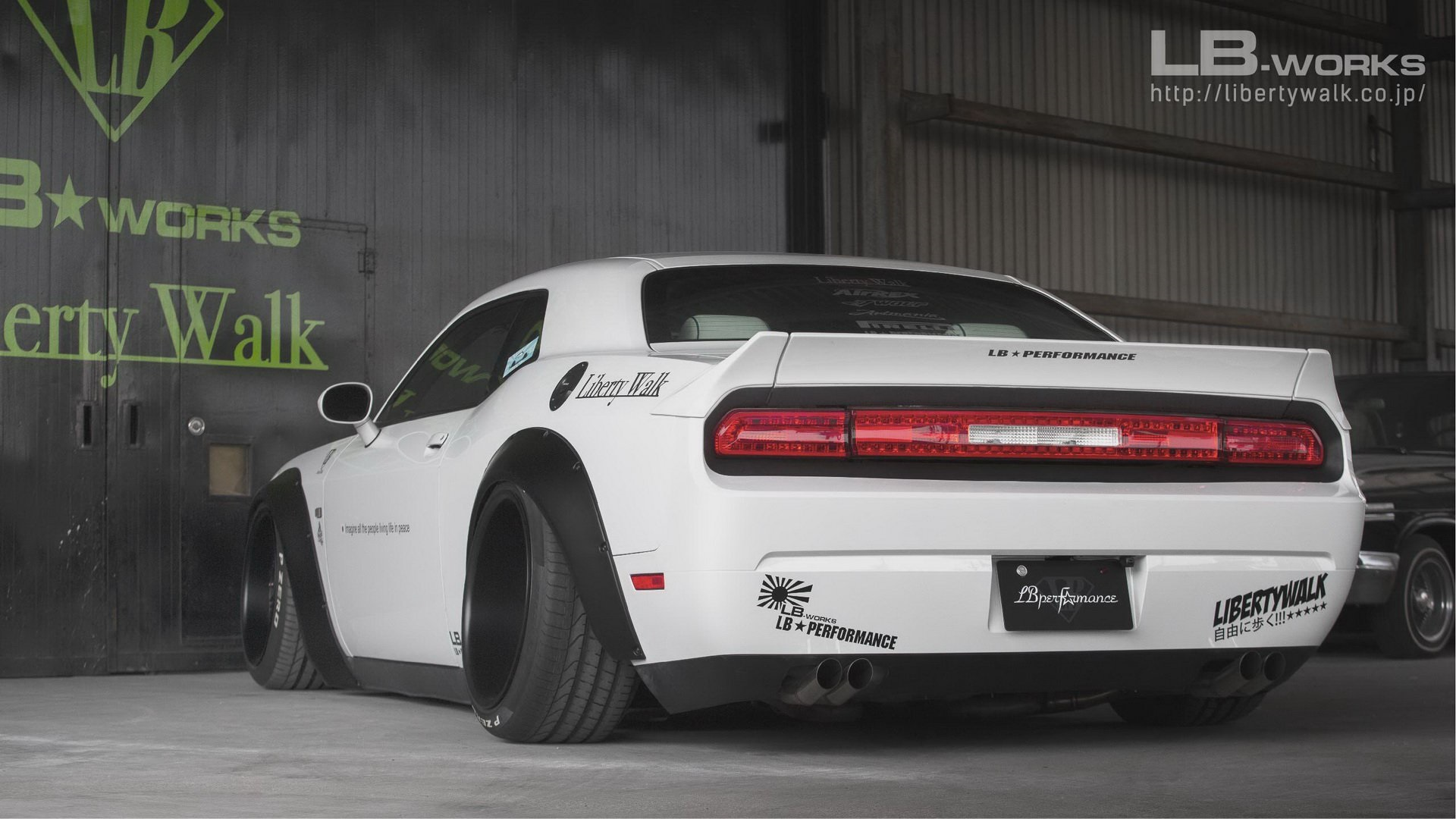 Dodge-Challenger-by-Liberty-Walk-4