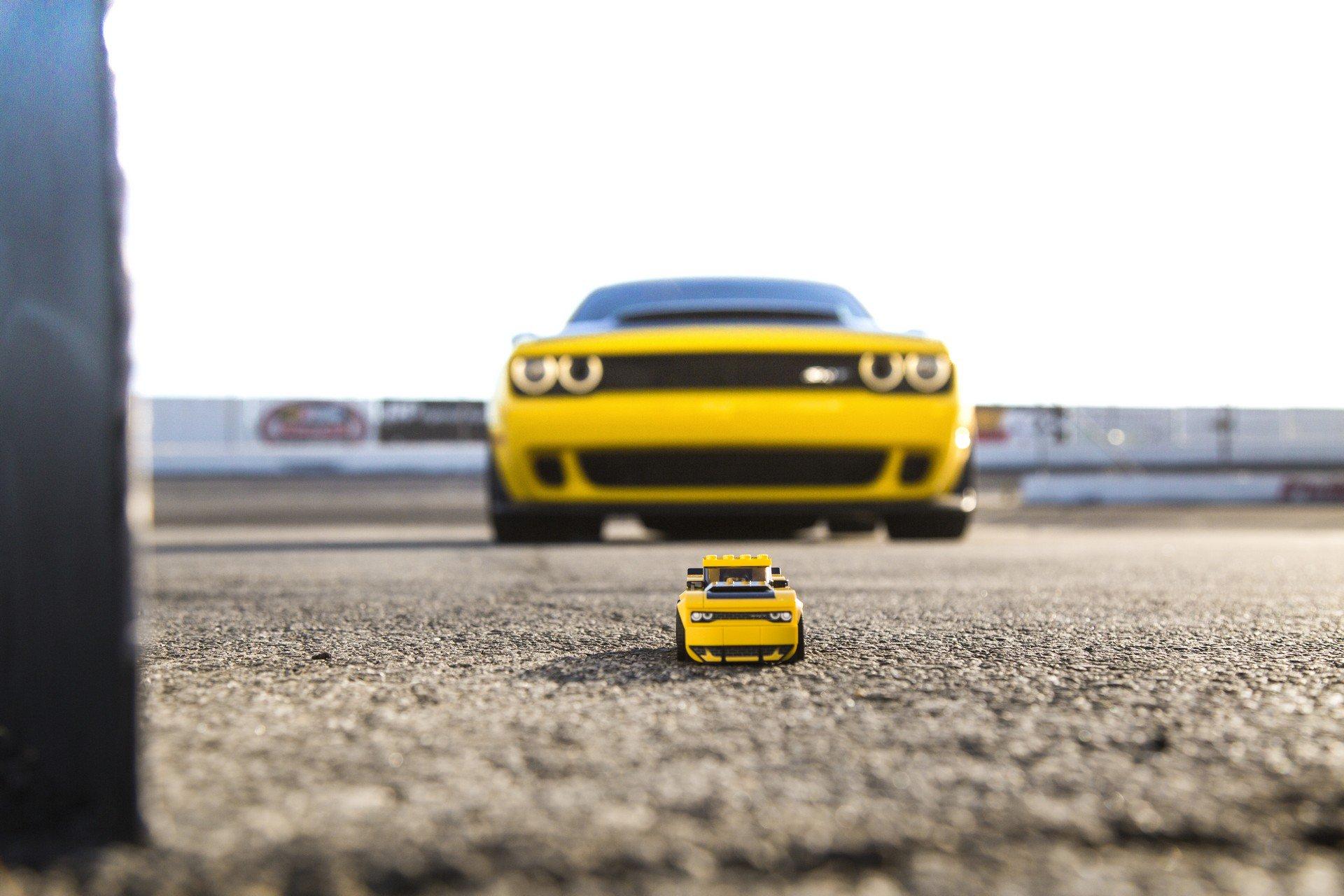 Dodge Challenger SRT Demon Lego Speed Champions (2)