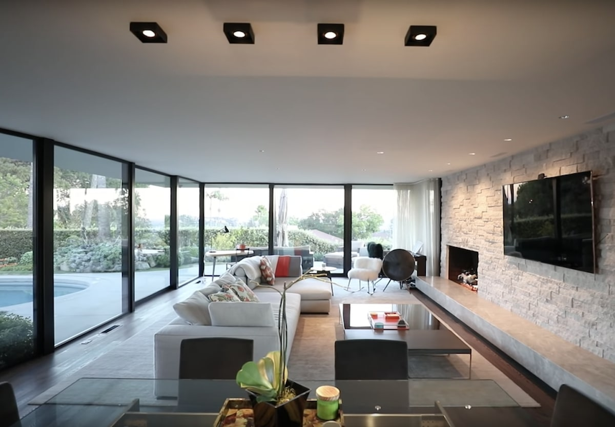Elon Musk Los Angeles house (8)