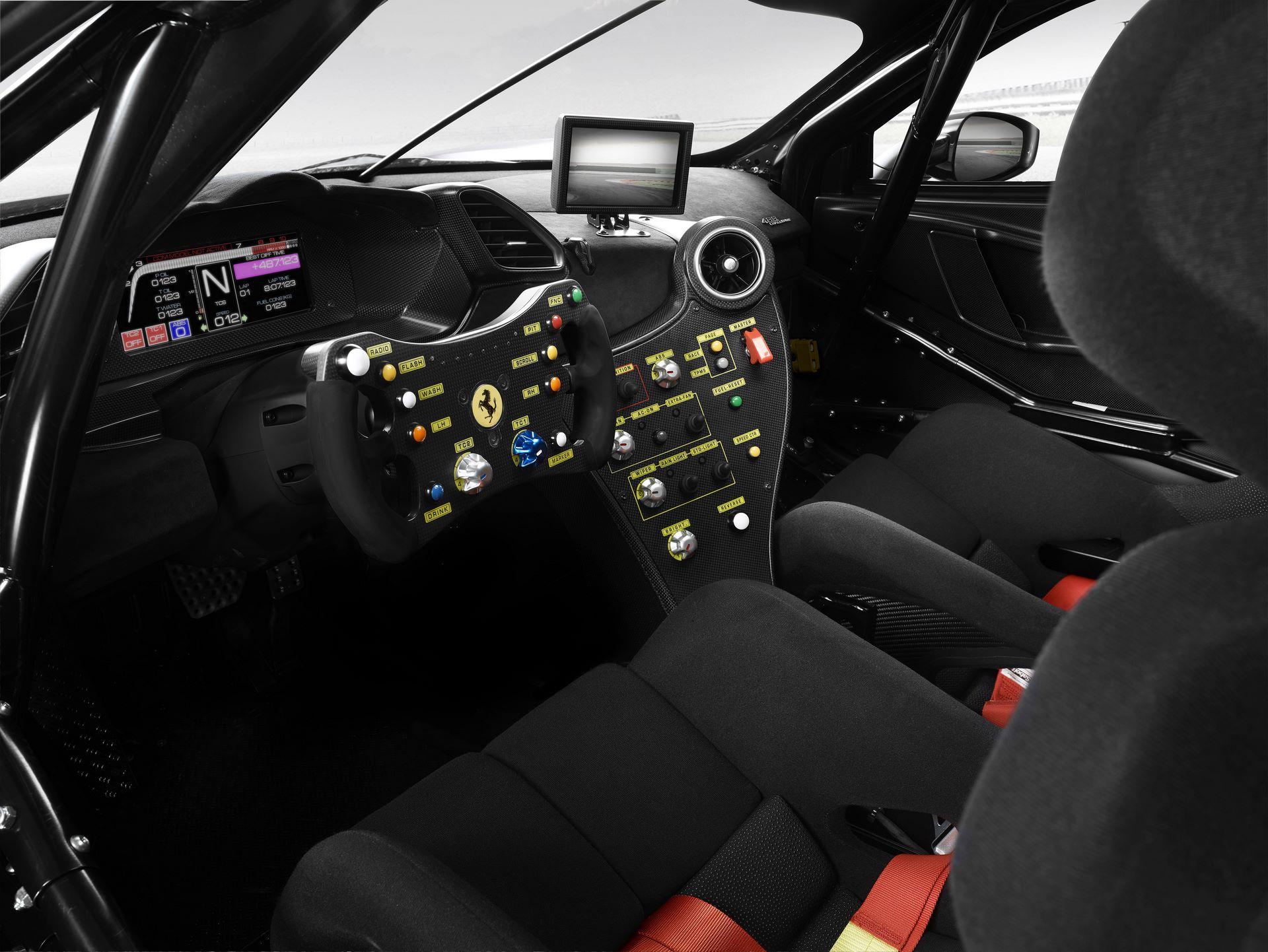 Ferrari-488-Challenge-Evo-5