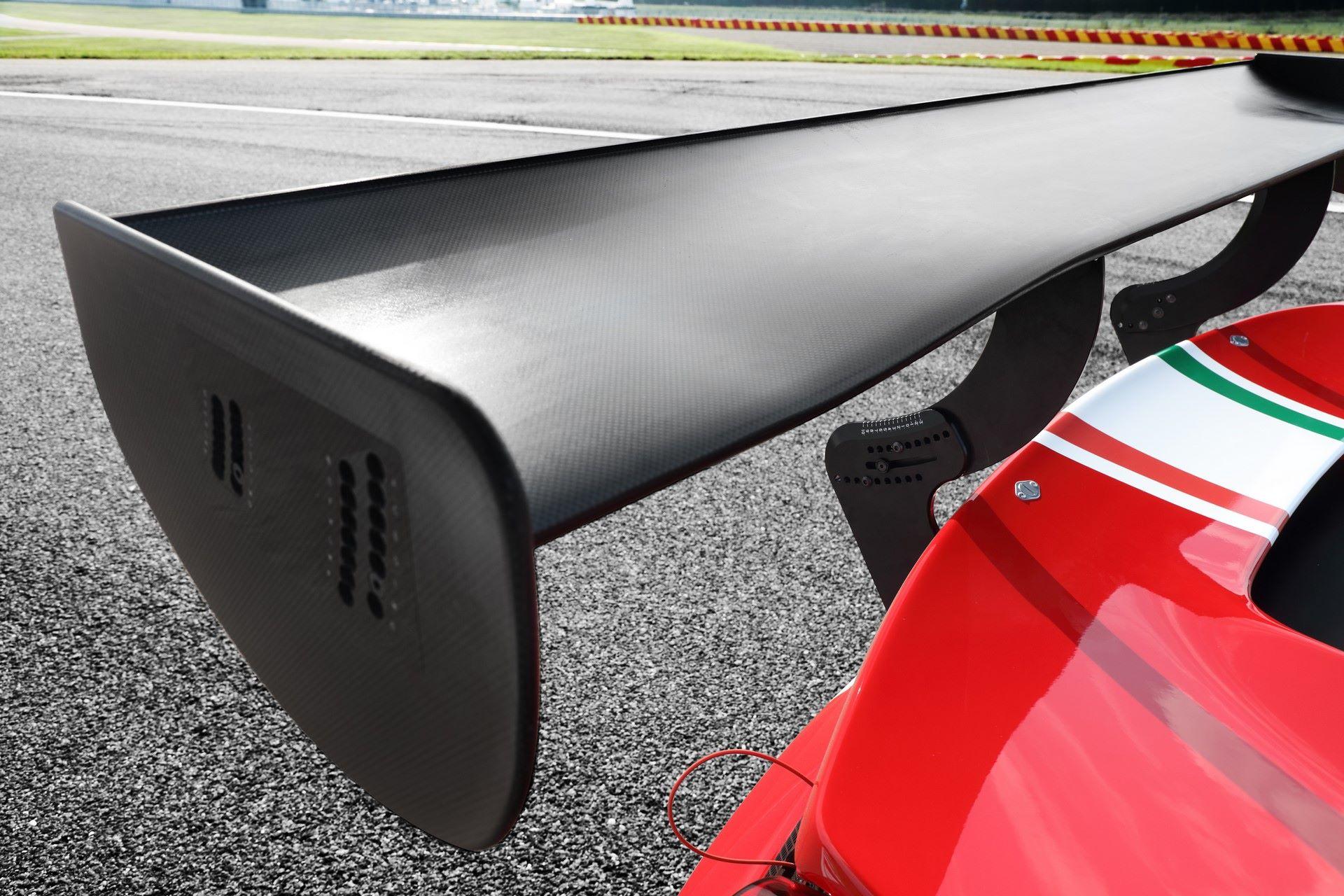 Ferrari-488-GT3-Evο-2020-8