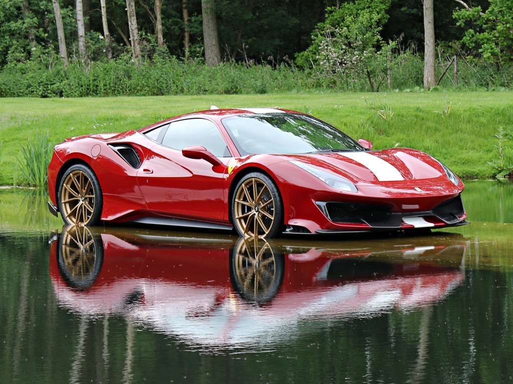 Ferrari_488_Pista_for_sale_0007
