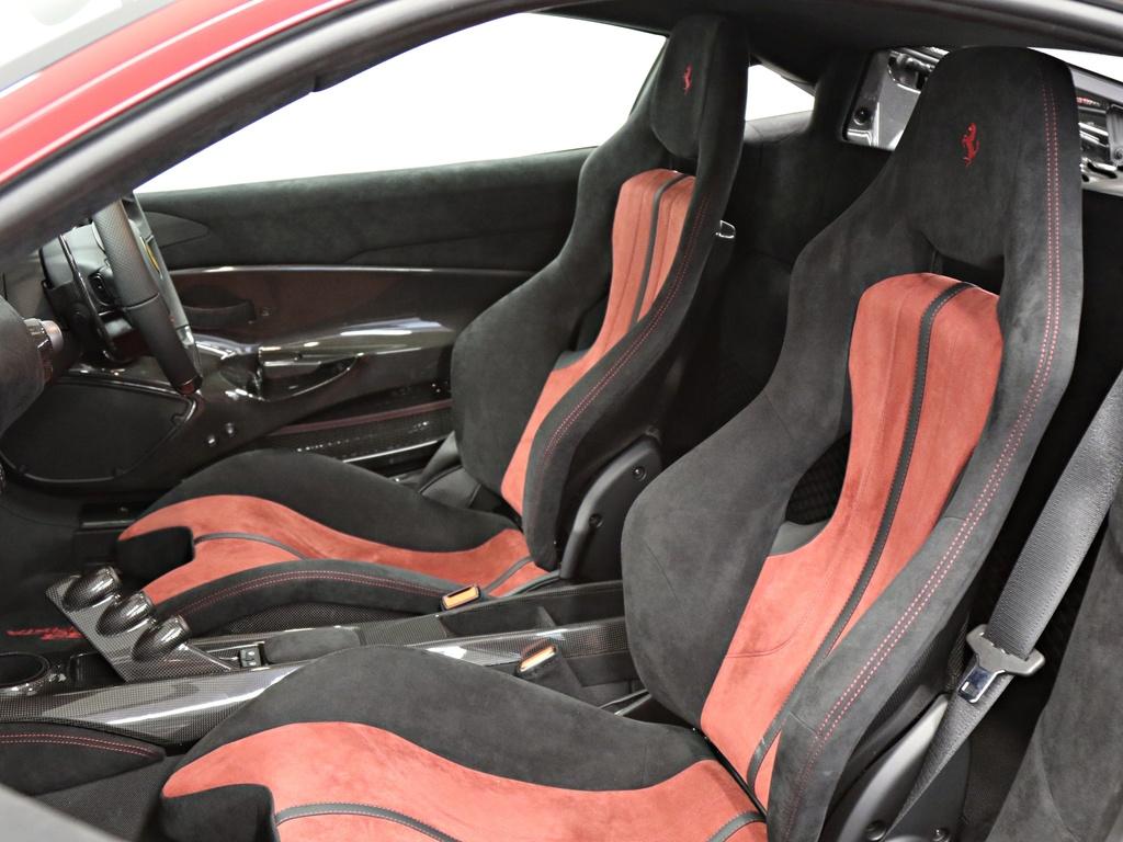 Ferrari_488_Pista_for_sale_0015