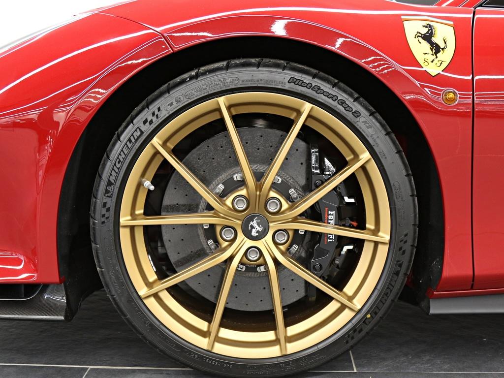 Ferrari_488_Pista_for_sale_0024