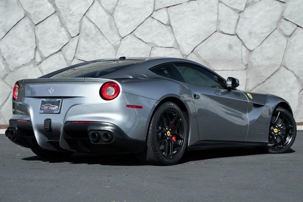 Ferrari F12 Berlinetta Jason Statham (4)
