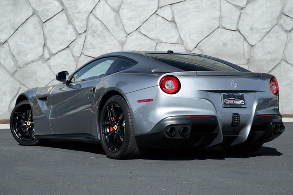 Ferrari F12 Berlinetta Jason Statham (5)