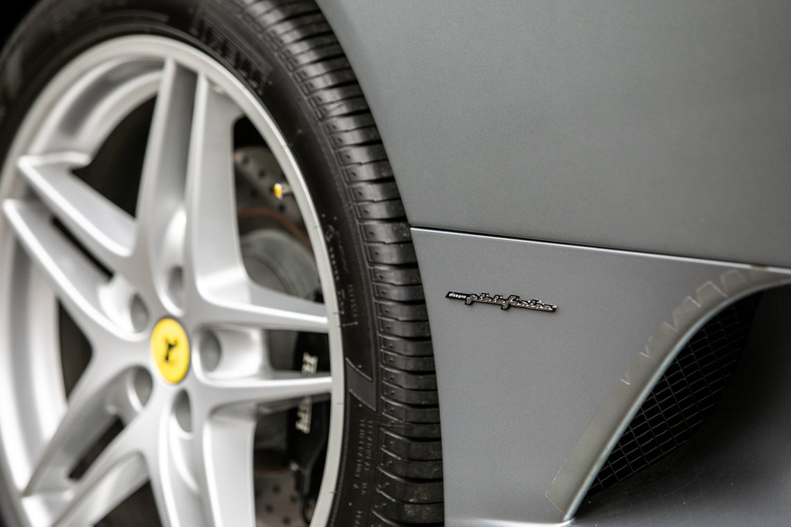 Ferrari-F430-manual-Gordon-Ramsay-9