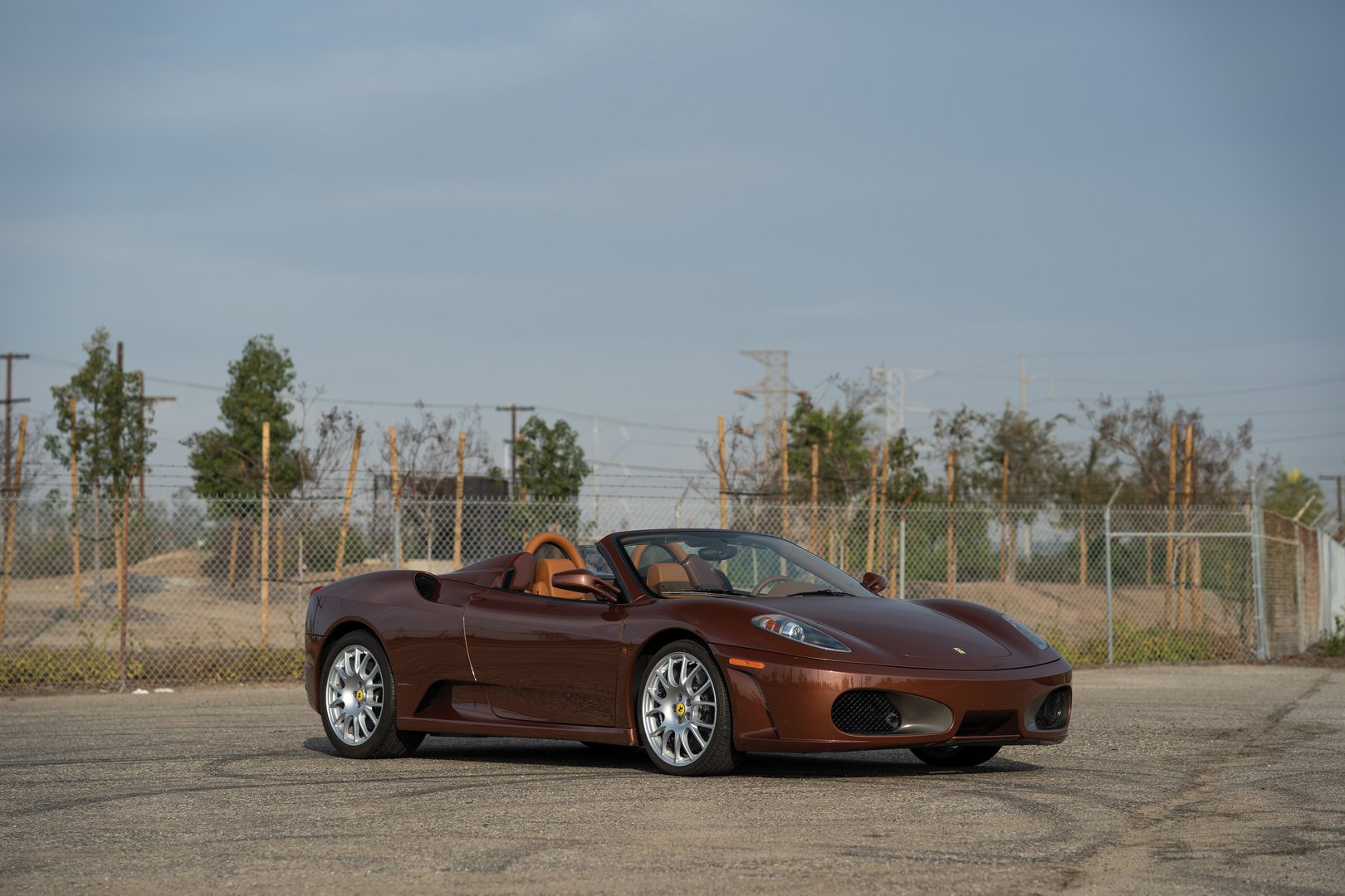 Ferrari F430 Spider in brown Classic Marrone color (1)