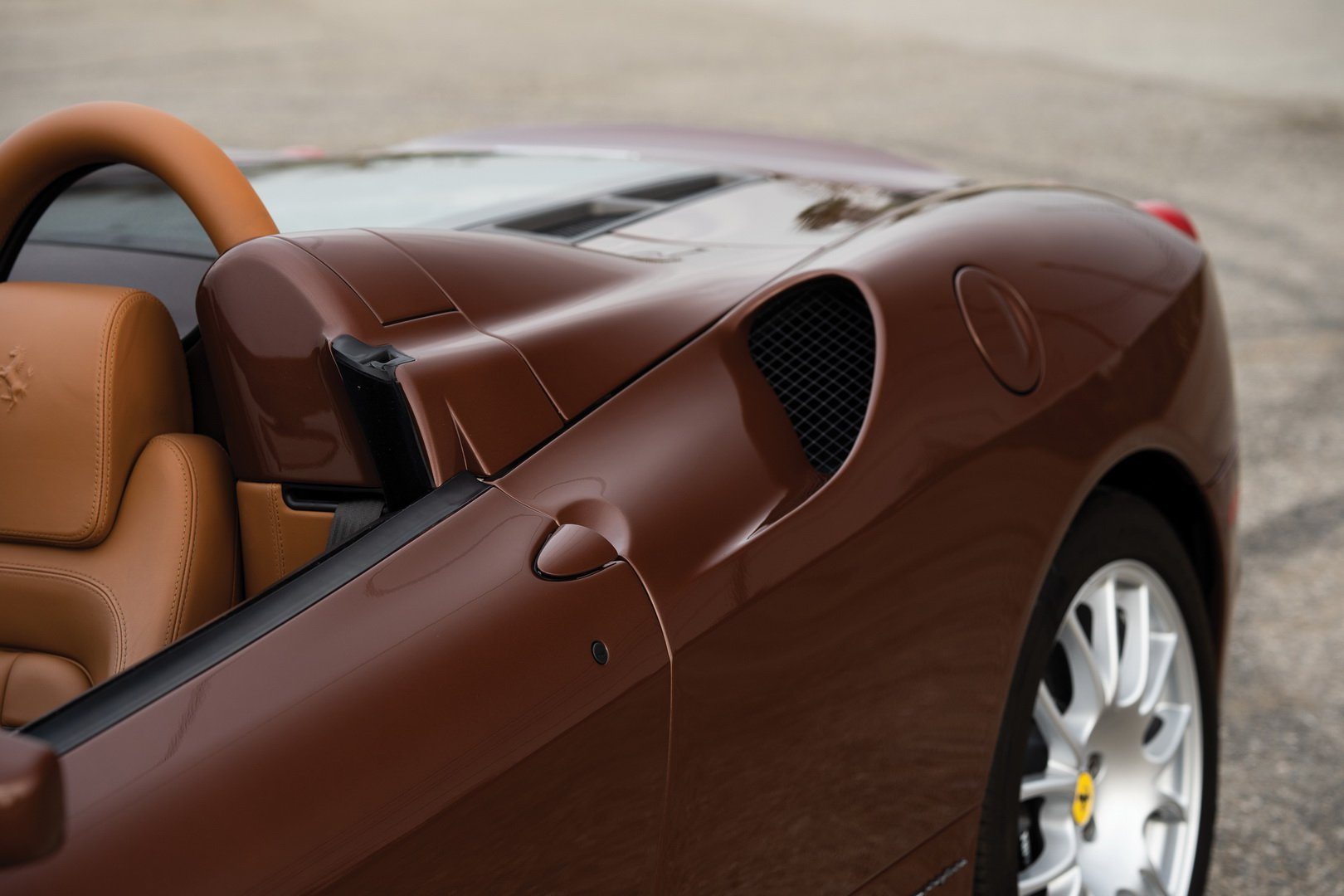 Ferrari F430 Spider in brown Classic Marrone color (14)
