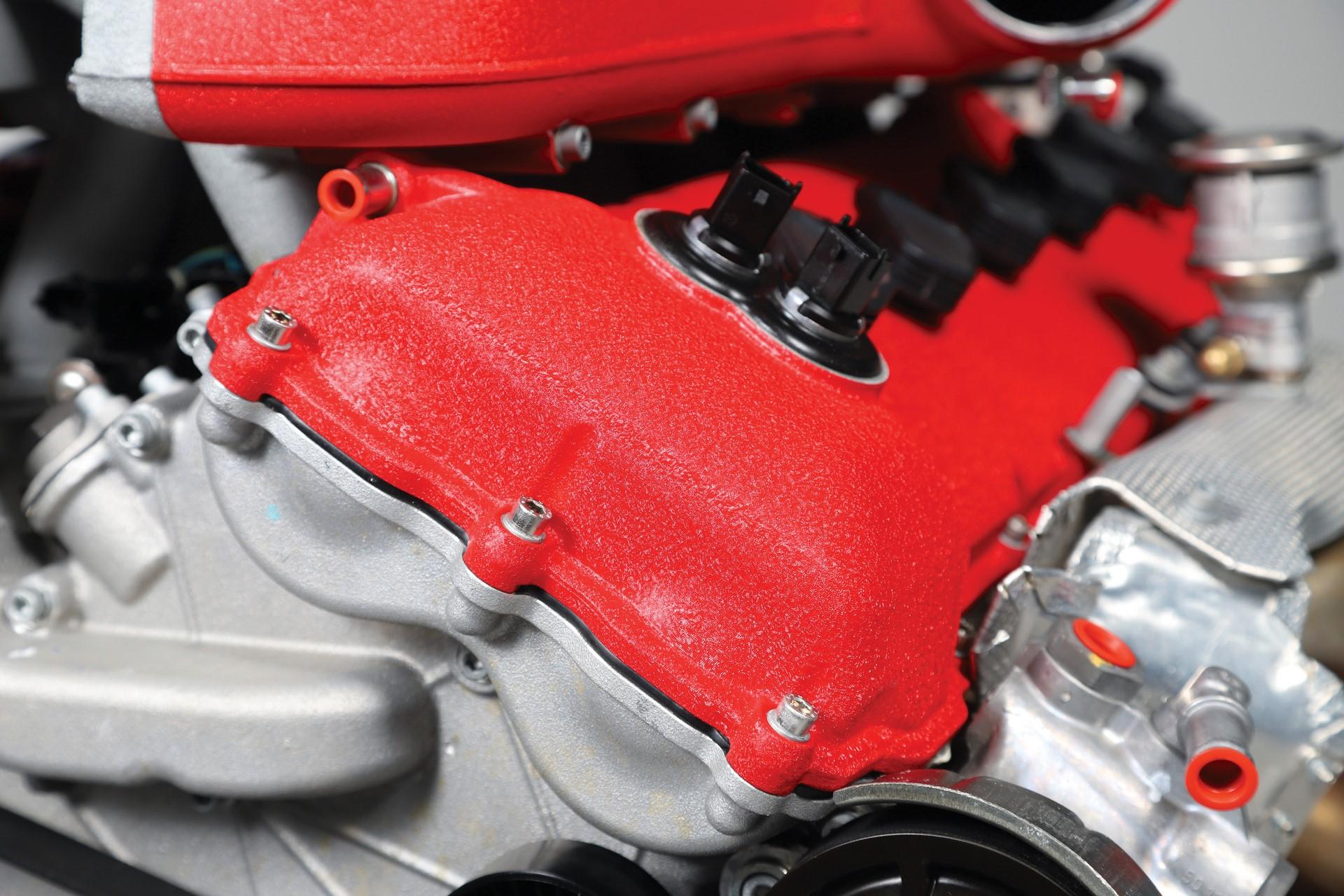 Ferrari-FF-Engine-with-Stand_10