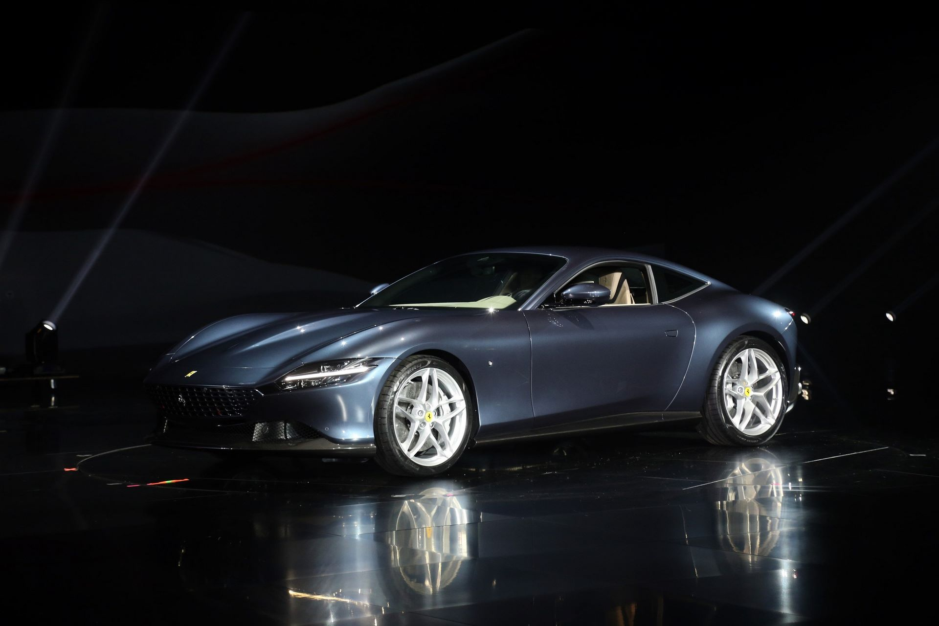Ferrari-Roma-live-2