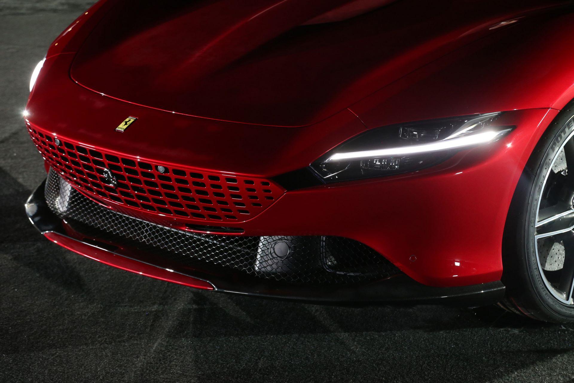 Ferrari-Roma-live-4