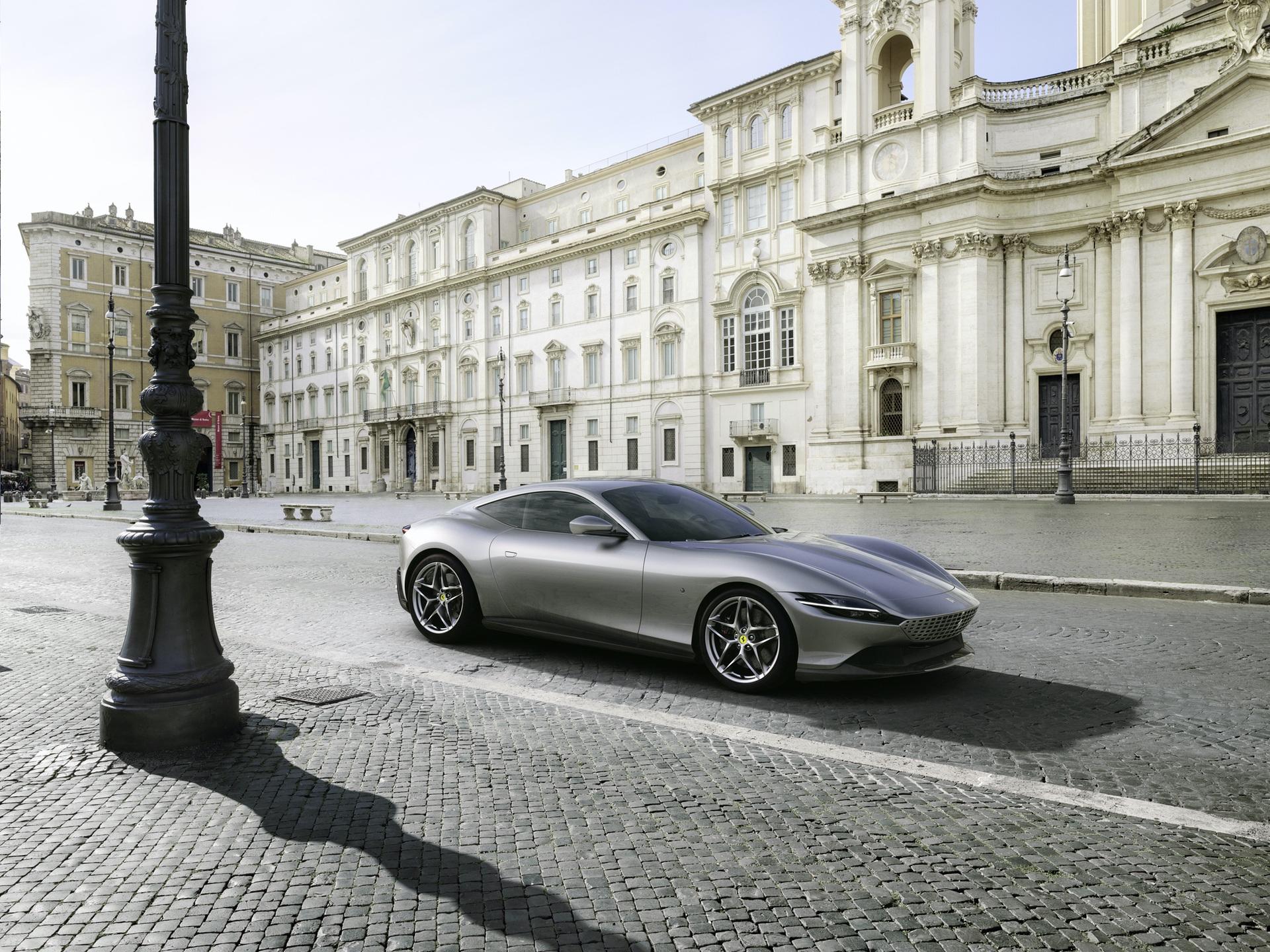 Ferrari_Roma_0001