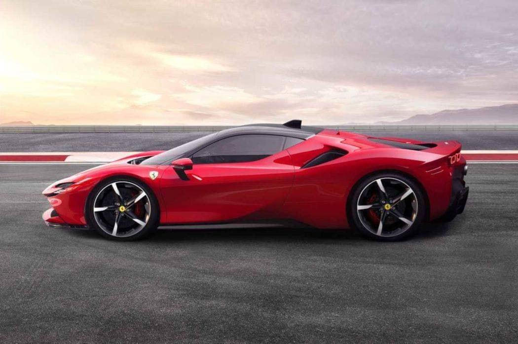 Ferrari_SF90_Stradale_leaked_0004