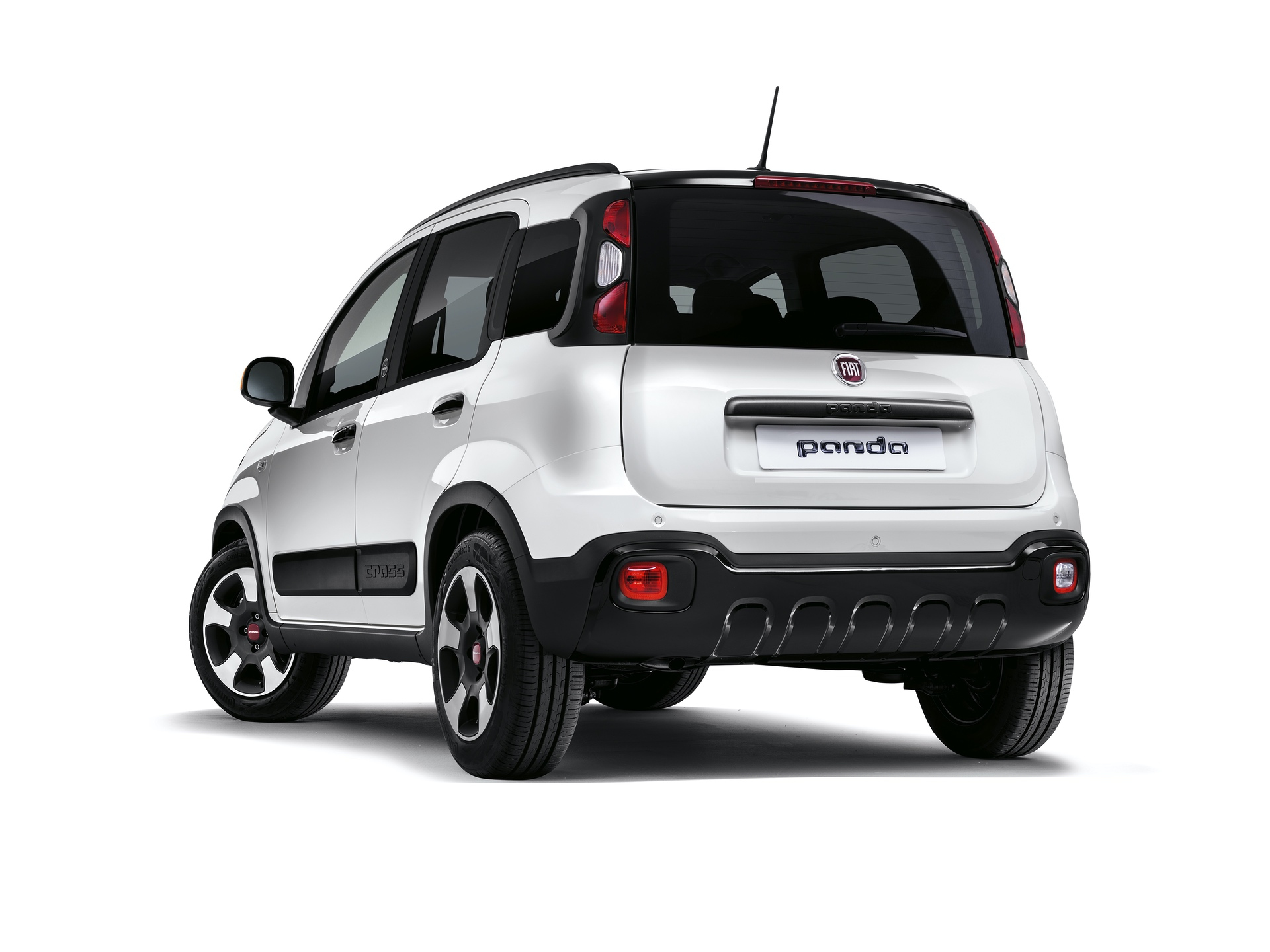 190225_Fiat_Panda-connected-by-Wind_03