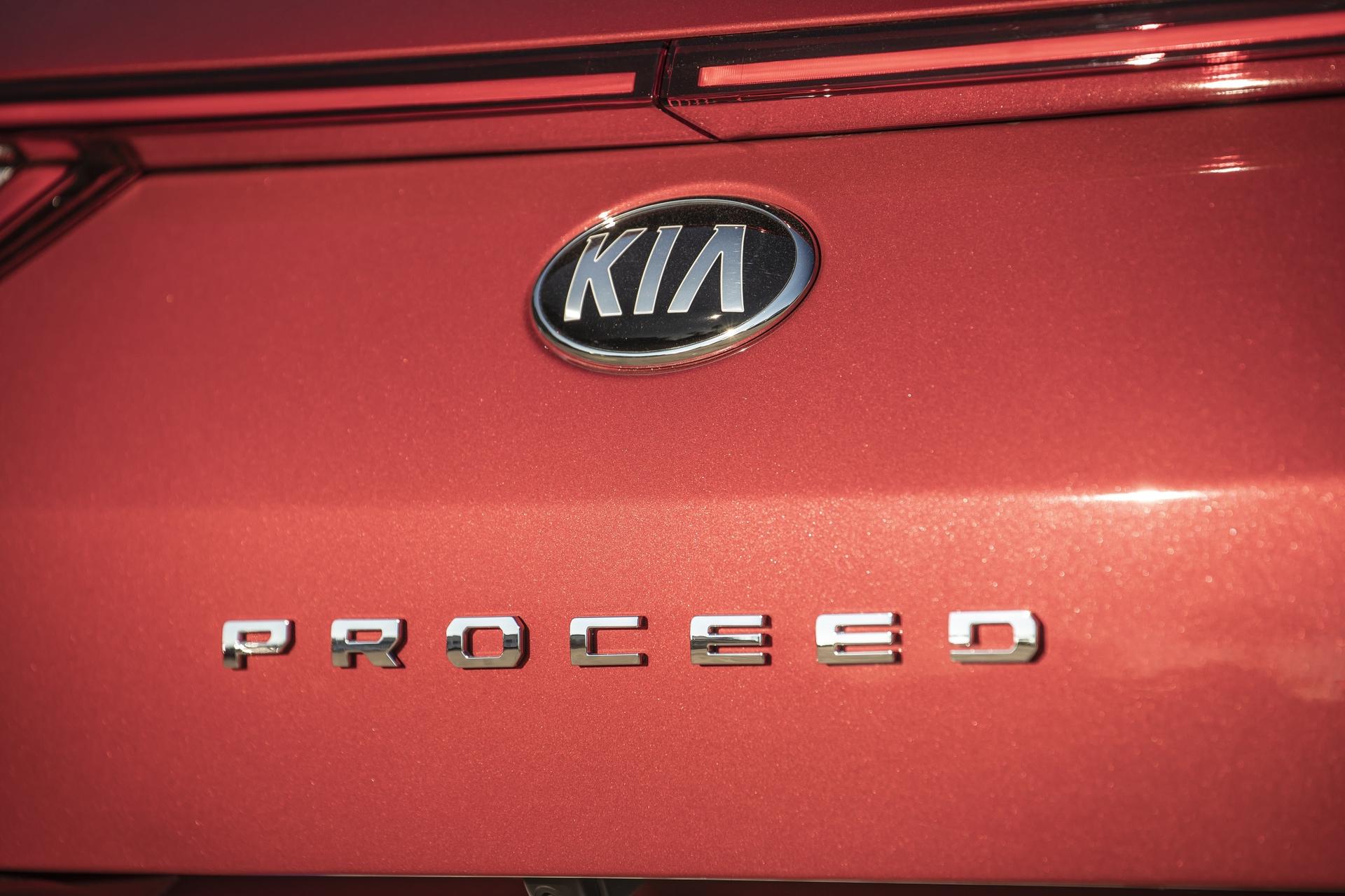 First_Drive_Kia_Proceed_0250