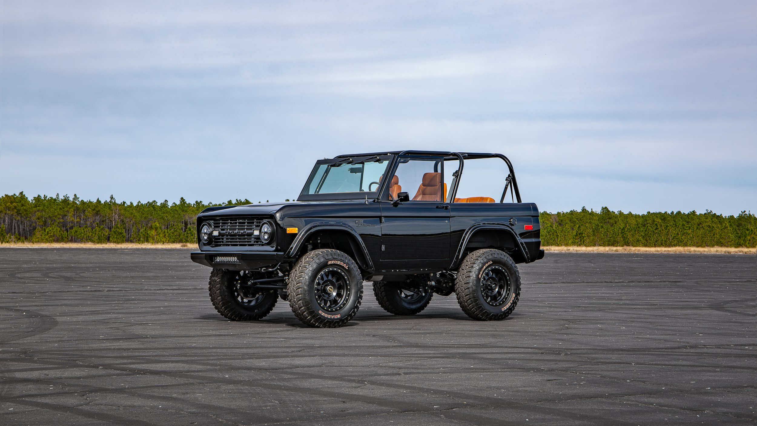 Ford Bronco 1969 by Velocity Restorations (7)