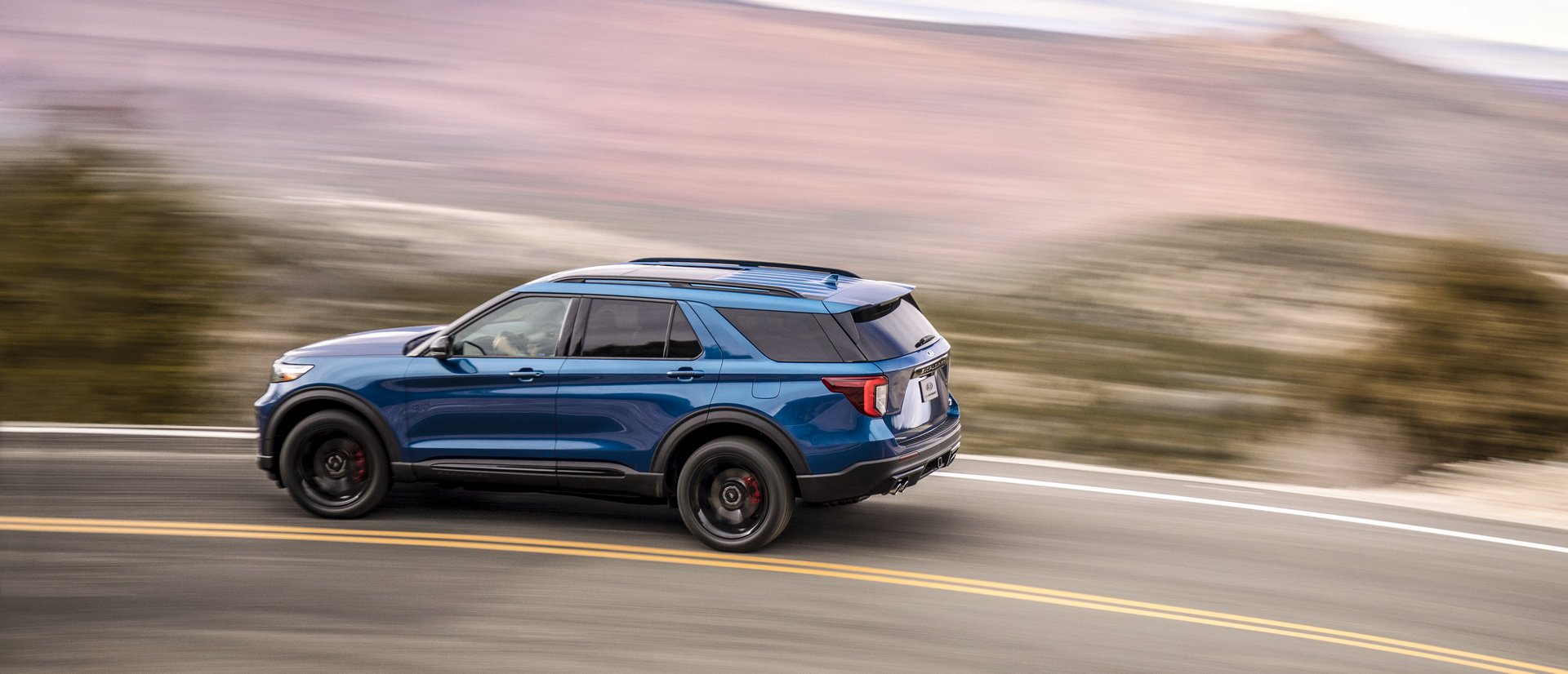 4aace964-2020-ford-explorer-st-unveiled-4