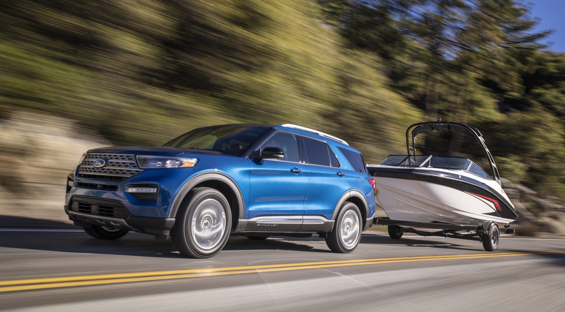 d68e717f-2020-ford-explorer-hybrid-2