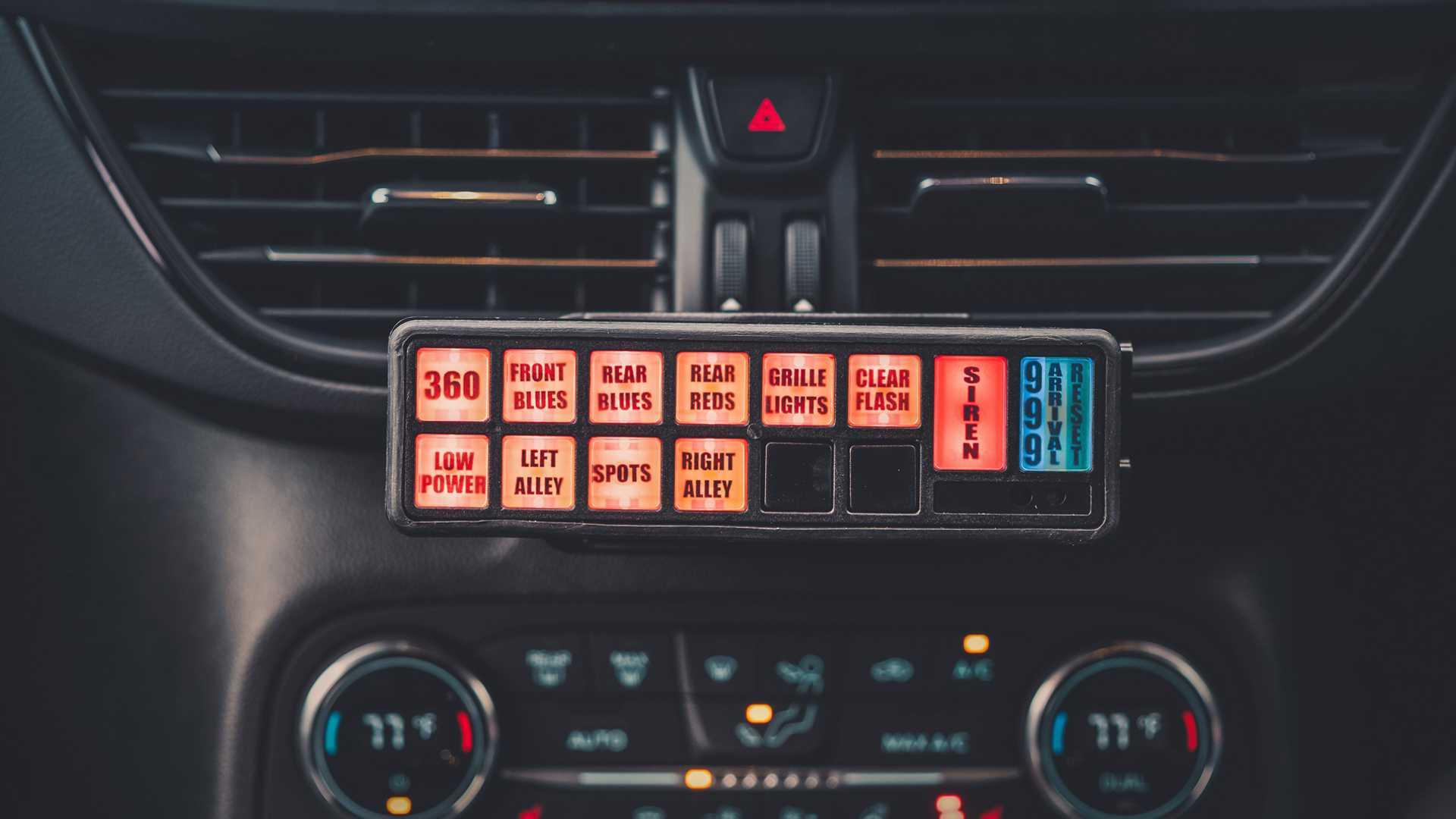 Ford-Focus-ST-and-Ranger-Raptor-UK-police-cars-10