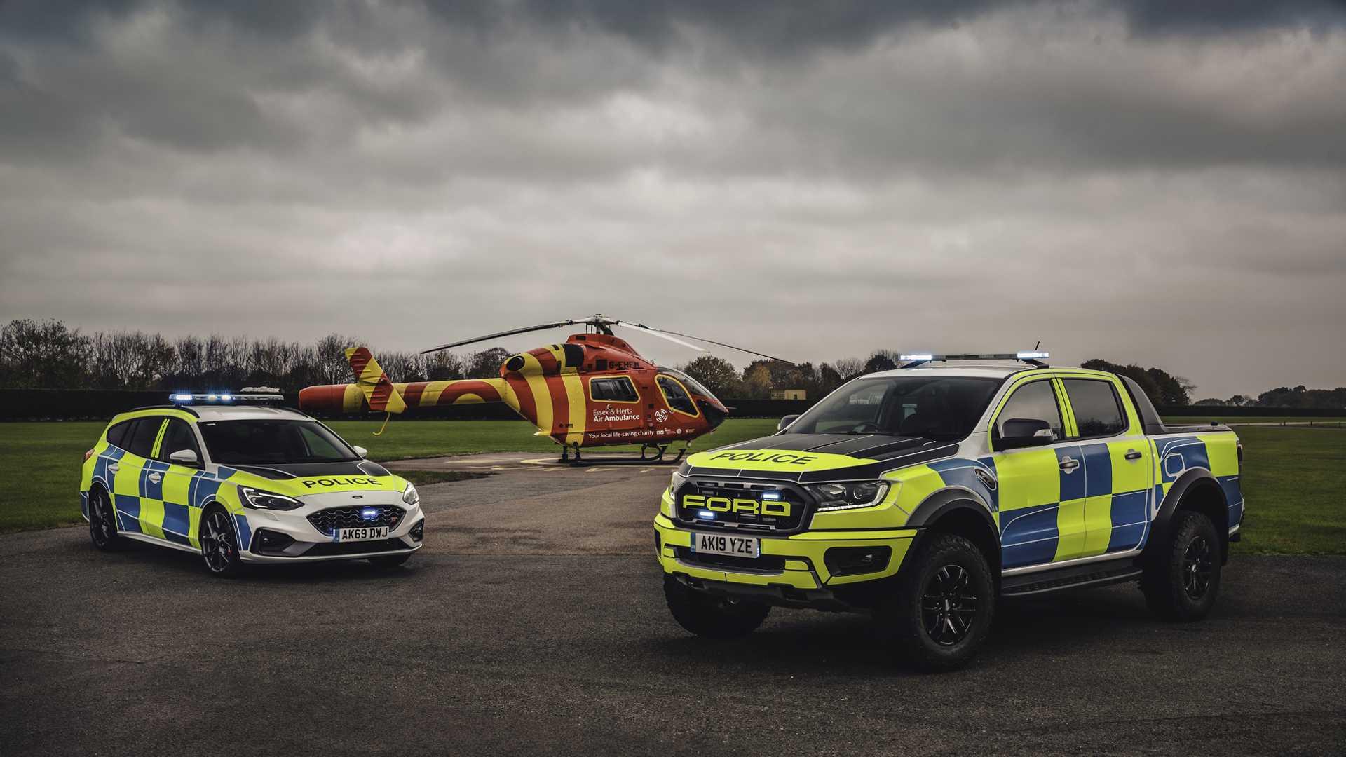 Ford-Focus-ST-and-Ranger-Raptor-UK-police-cars-5