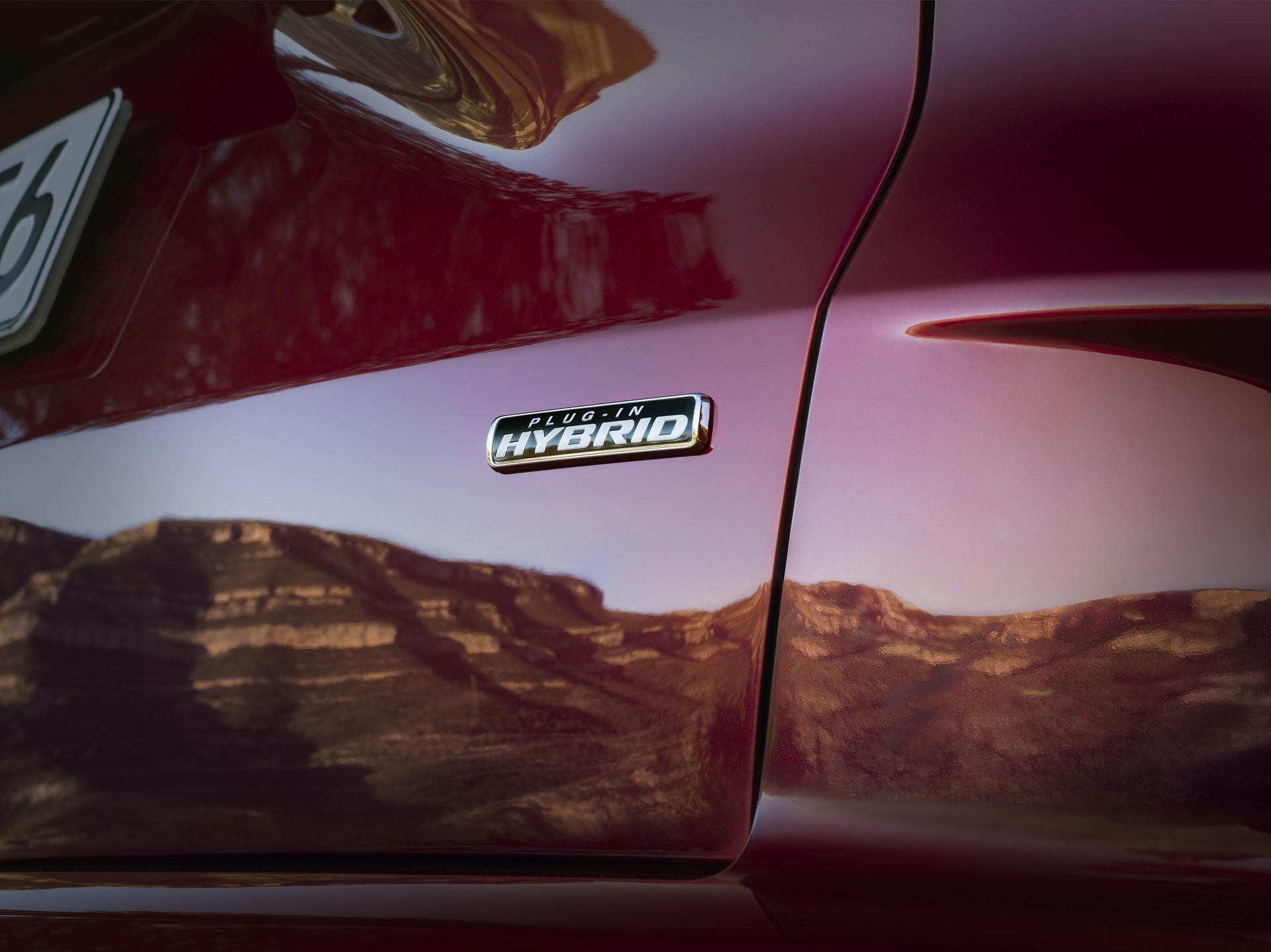Ford-Kuga-2020-13
