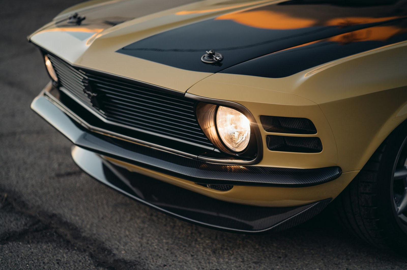 Ford-Mustang-Boss-302-SpeedKore-14
