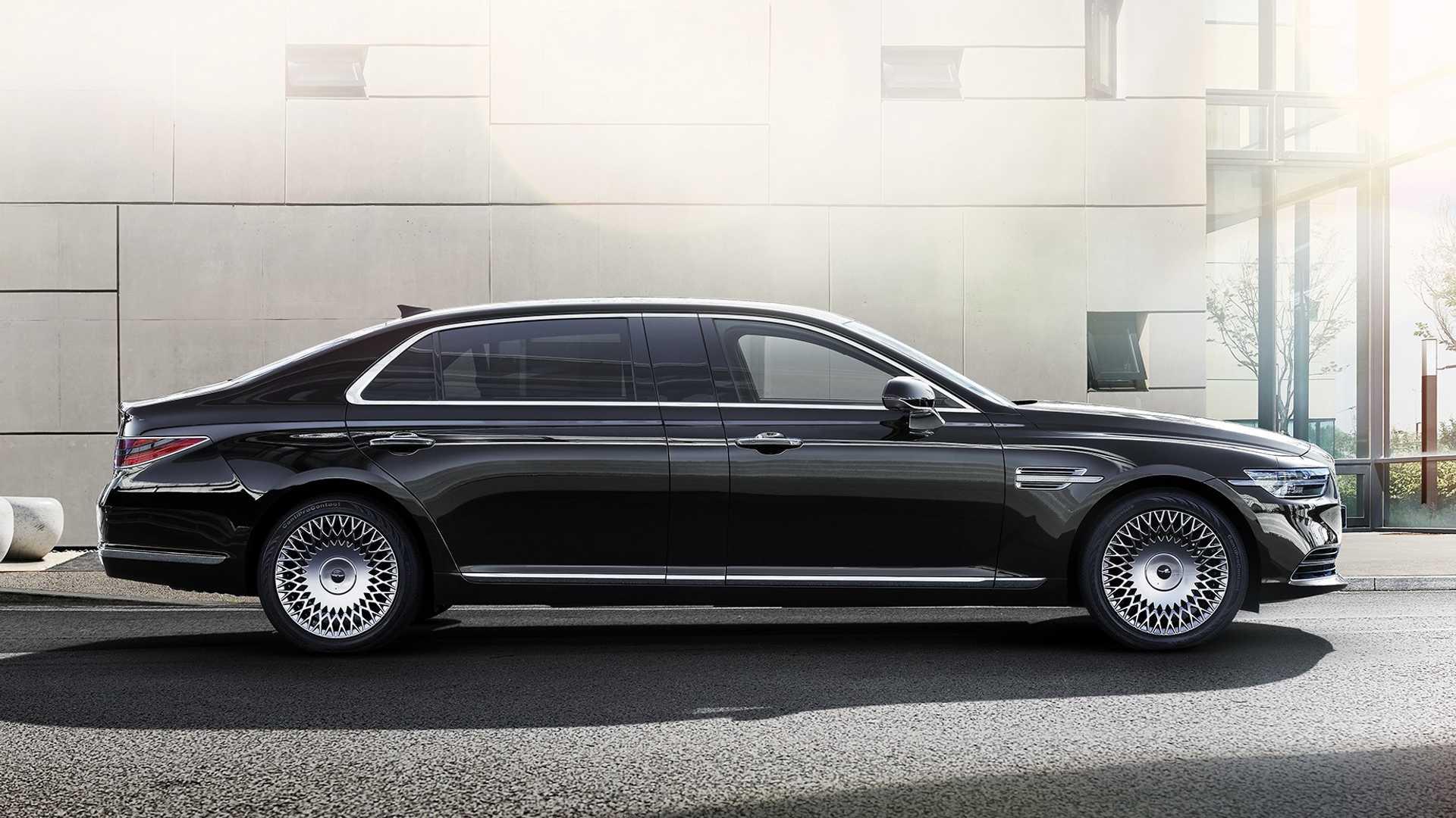 genesis-g90-limousine (1)