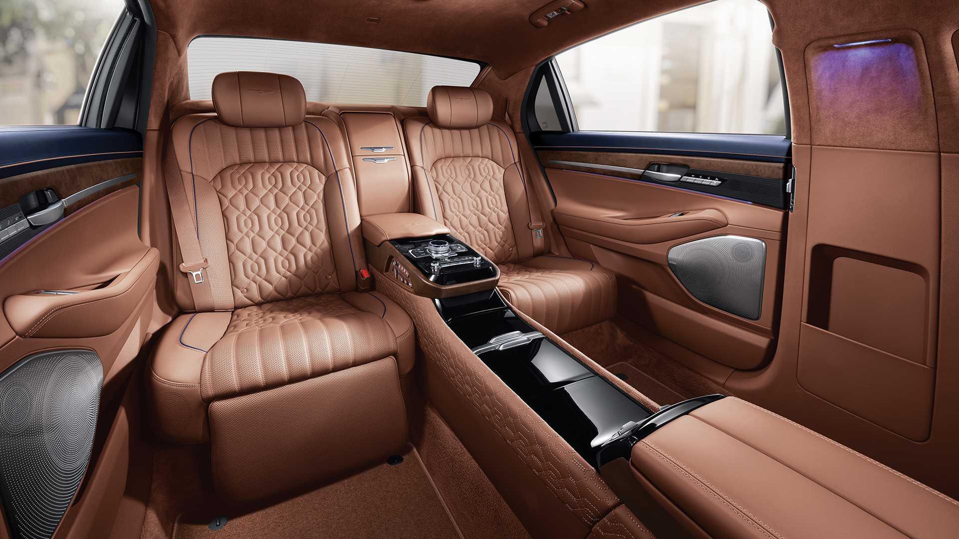 genesis-g90-limousine (4)