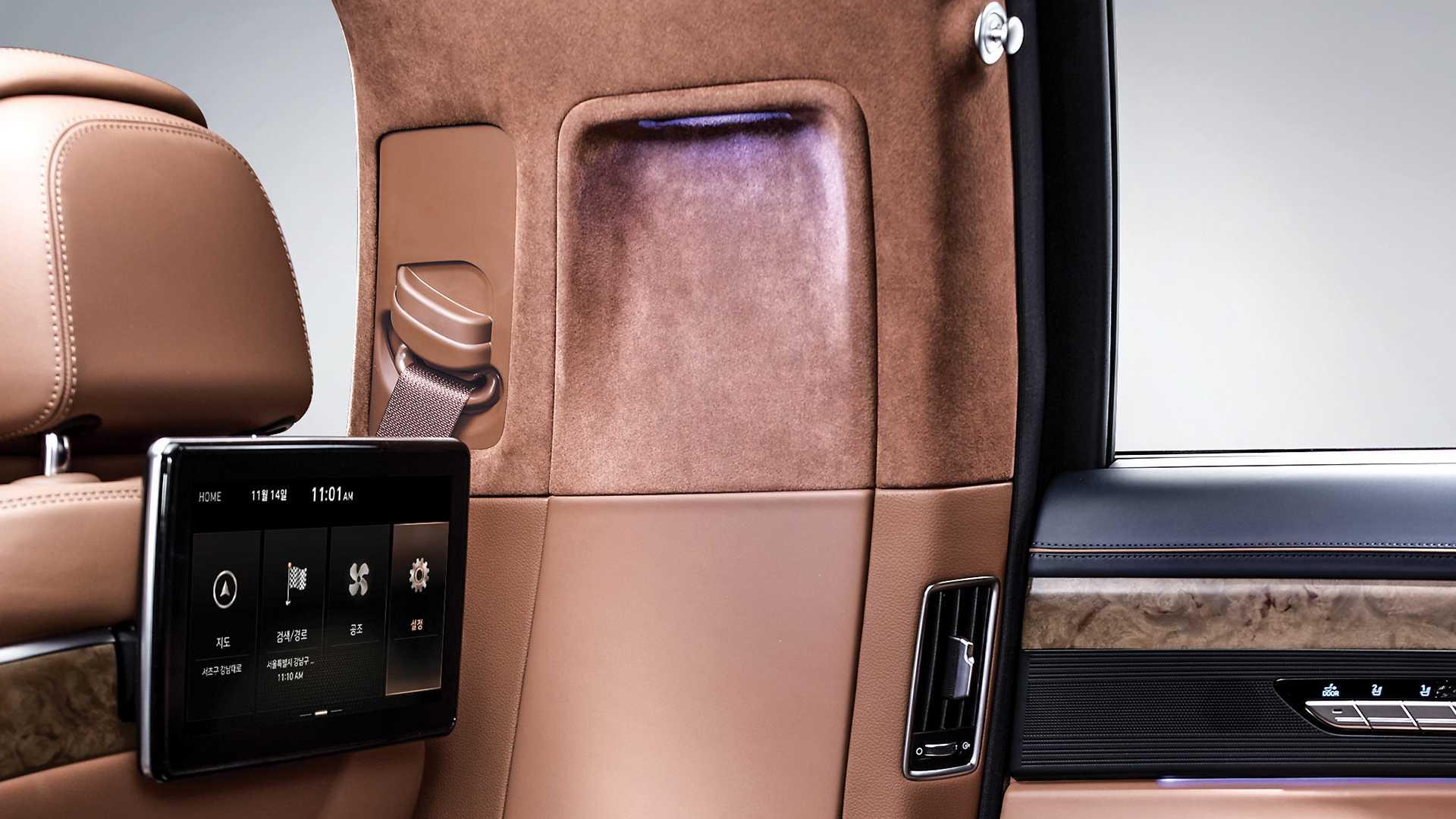 genesis-g90-limousine (5)