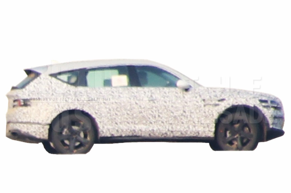 Genesis GV80 spy photos (2)