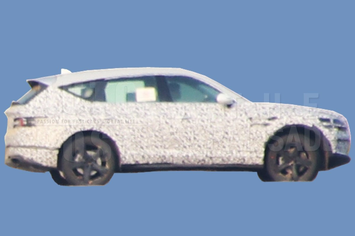 Genesis GV80 spy photos (6)