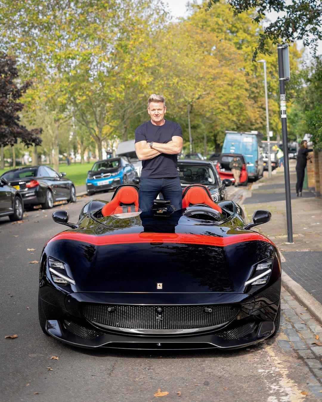Gordon-Ramsay-Ferrari-Monza-SP2-1