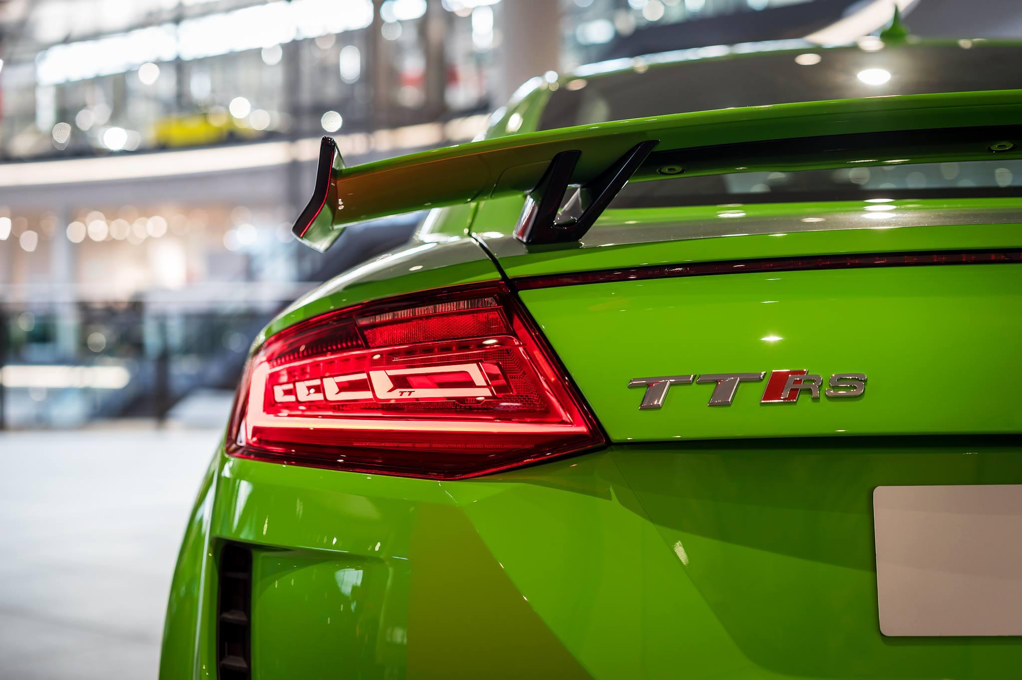 Green Audi TT RSi (3)