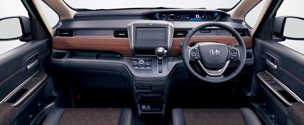 Honda-Freed-2020-11