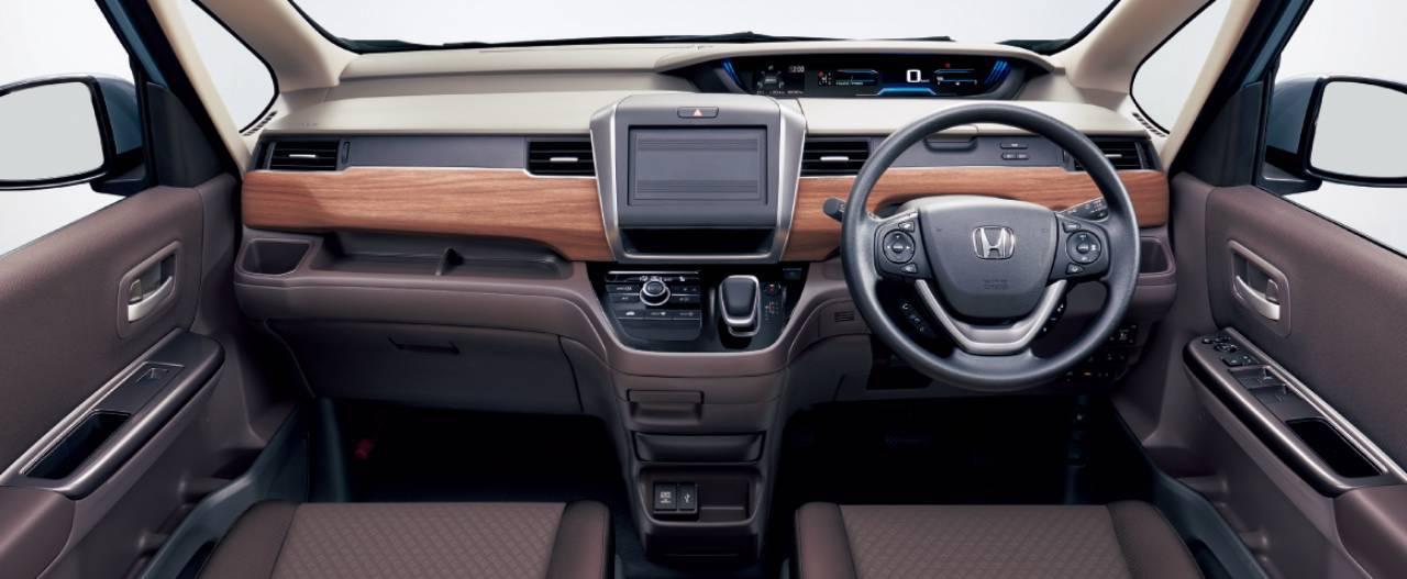 Honda-Freed-2020-21