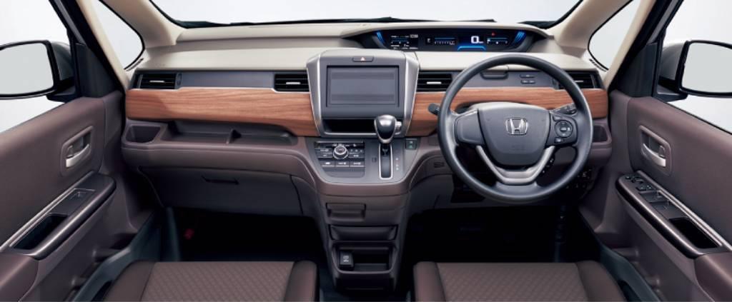 Honda-Freed-2020-33