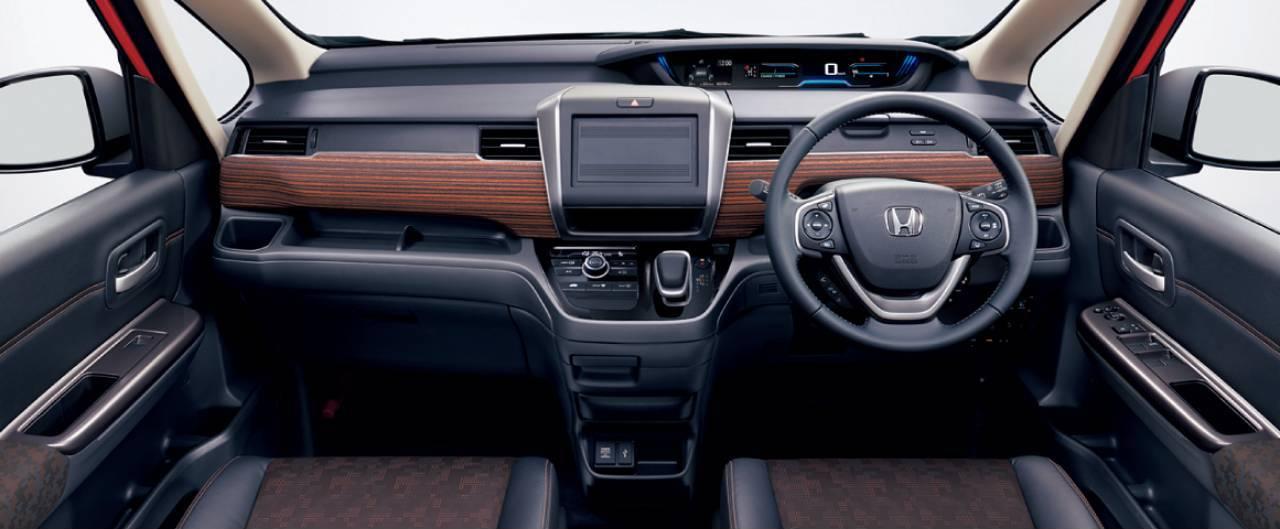 Honda-Freed-2020-8