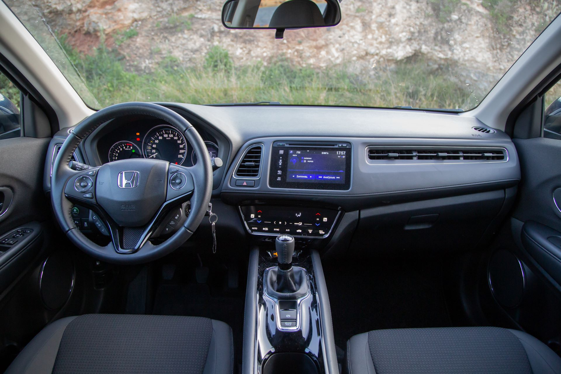 Honda_HR-V_2019-24