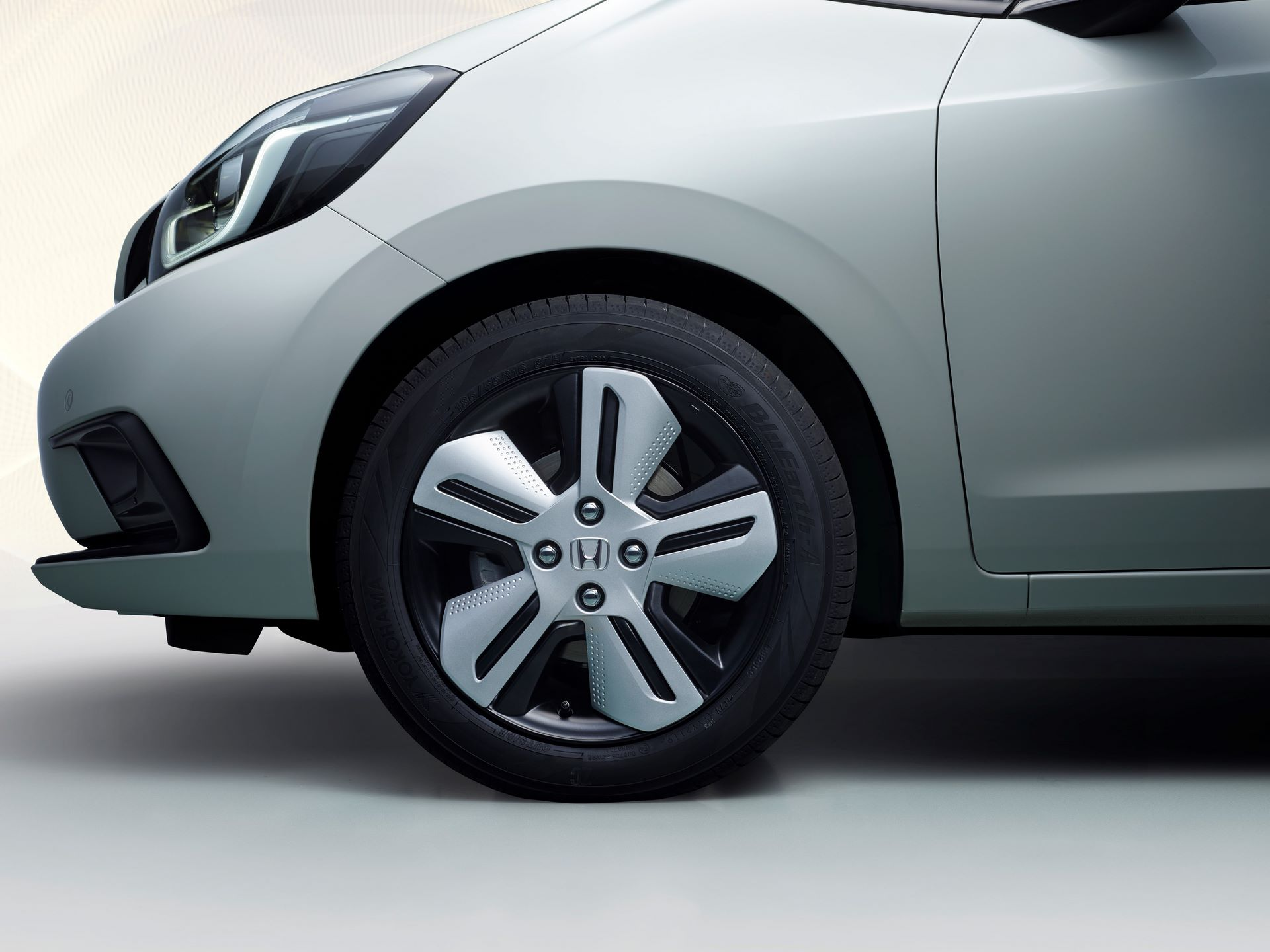 Honda Jazz Exterior Front Wheel Detail